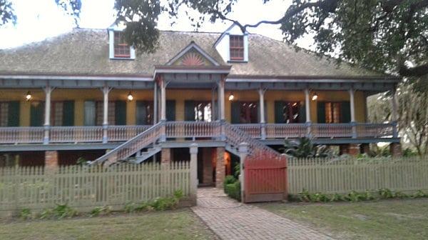 Laura house